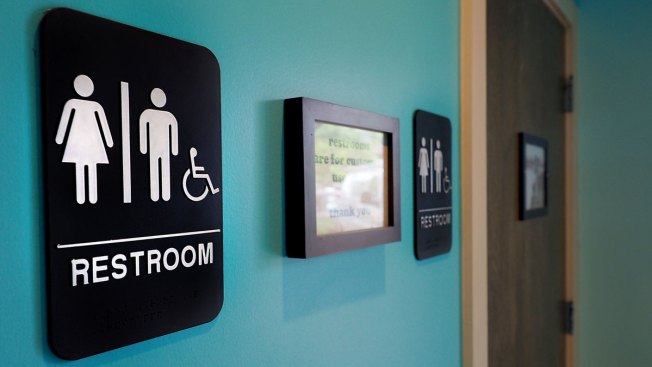Obama Administration Gives Directives to Schools on Transgender Bathroom Access