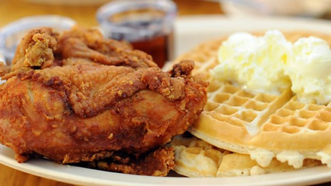 Roscoe's House of Chicken and Waffles Eyes San Diego Location