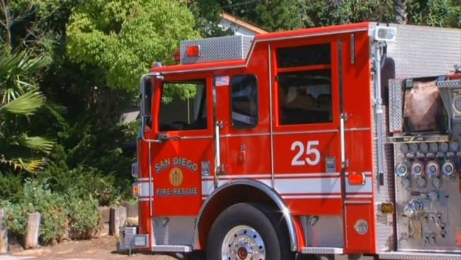 5 Displaced, Dog Dead in El Cajon Fire