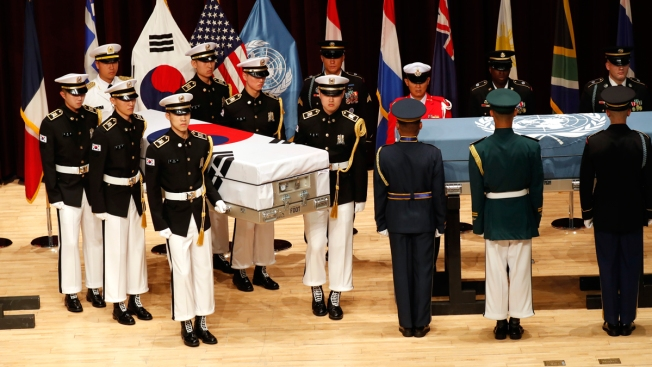 US, South Korea Hold Ceremony to Return Home War Remains of 2 Servicemen