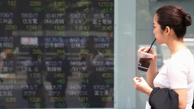 Global Stocks Mixed After US and China Increase Tariffs