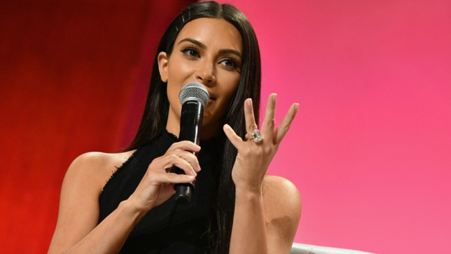 Kim Kardashian Testifies in Paris Robbery Case
