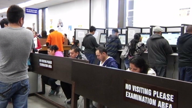 California Provides 59,000 Immigrants With Driver's Licenses in First Month of 2015