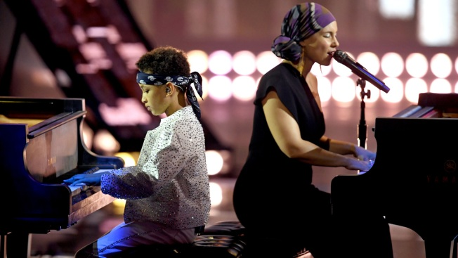 Alicia Keys and Her Son Join Forces for Duet at 2019 iHeart Radio Music Awards