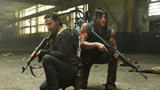 """The Walking Dead"" Season 5 Premiere: Biggest and Most Ridiculous Reactions"