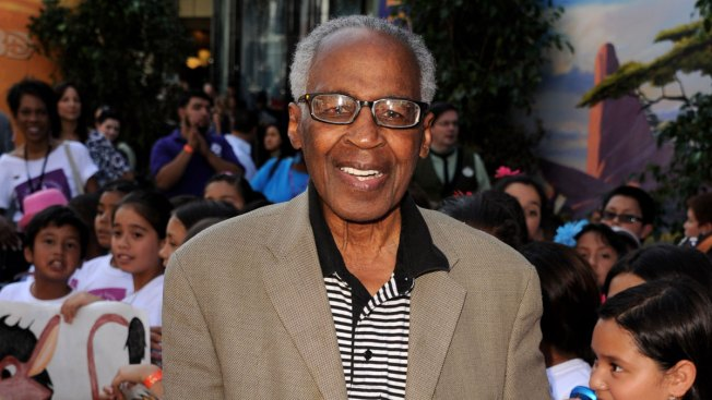 Robert Guillaume, Emmy-Winning 'Soap' Actor and Voice of Rafiki in 'The Lion King,' Dies at 89