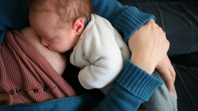 More Moms Are Breastfeeding, But Not Long Enough: Experts