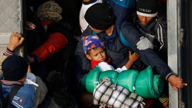 Government Shutdown Hinders Immigrants' Asylum Cases
