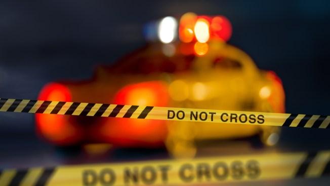 1 Shot When Suspect Fires Gun Into Crowd