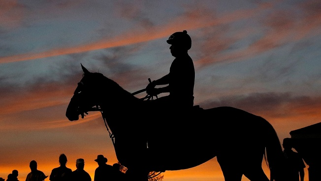As Derby Nears, Early Morning Is Busy Time at Churchill Downs