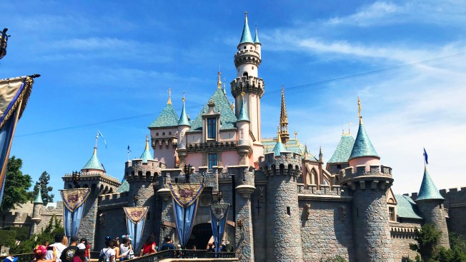 Disneyland Cancels Luxury Hotel Plans