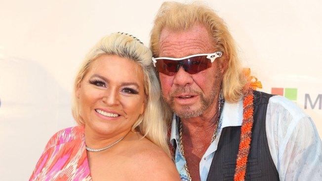 Dog the Bounty Hunter Tearfully Pays Tribute to Beth Chapman at Colorado Memorial Service