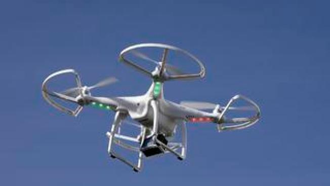 "Christmas Drones: FAA Gives ""Stay Off the Naughty List"" Rules"