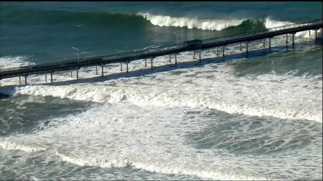 Ob Pier Closes As High Surf Tide Poses Safety Challenges Sdfd