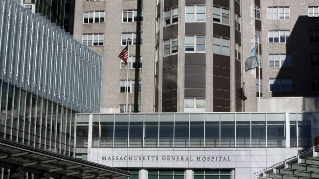U.S. Hospitals, FDA Grapple With Shortages of Life-Saving Drugs