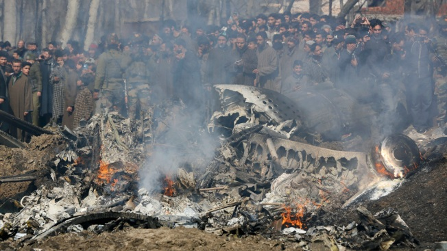 Pakistan Says 2 Indian Warplanes Downed, Pilot Captured