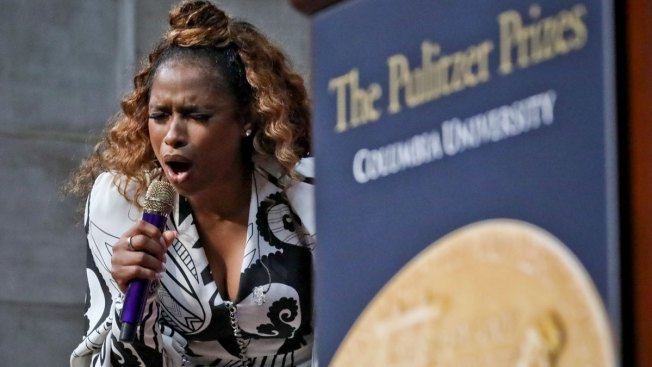Feeling Aretha's Spirit, Jennifer Hudson Honors Icon at Pulitzers