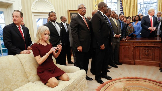 Kellyanne Conway Couch Kneel's Really No Biggie Says Oval Office Designer