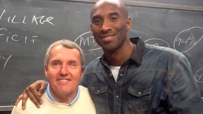 Kobe Bryant Surprises Boston College Class