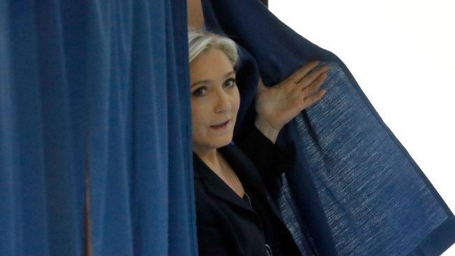 Le Pen under formal probe in European Union  fund misuse case