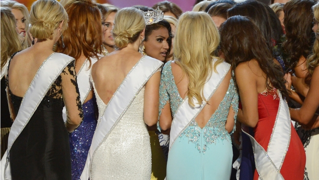 Miss America Suspends Spray Tan Company After Complaints