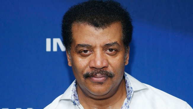 Neil deGrasse Tyson Apologizes for Weekend Tweet About Mass Shootings
