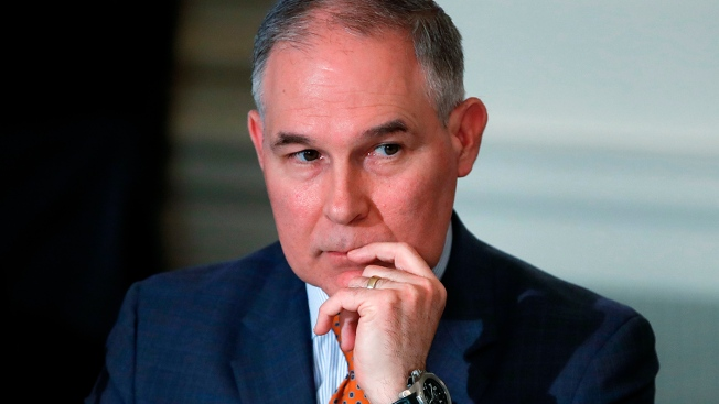 Lawmakers: EPA Security Chief Improperly Runs Outside Firm