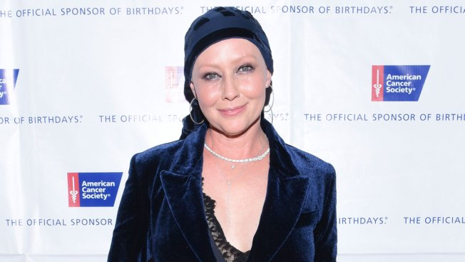 '90210' Cast Pays Tribute to Ailing Shannen Doherty