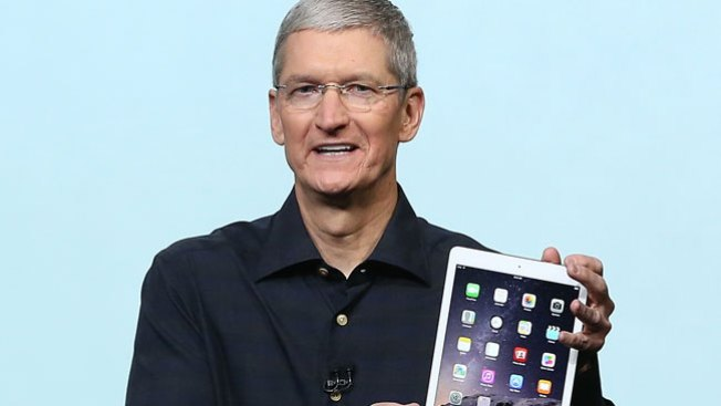 Apple Employees Prefer Tim Cook to Steve Jobs