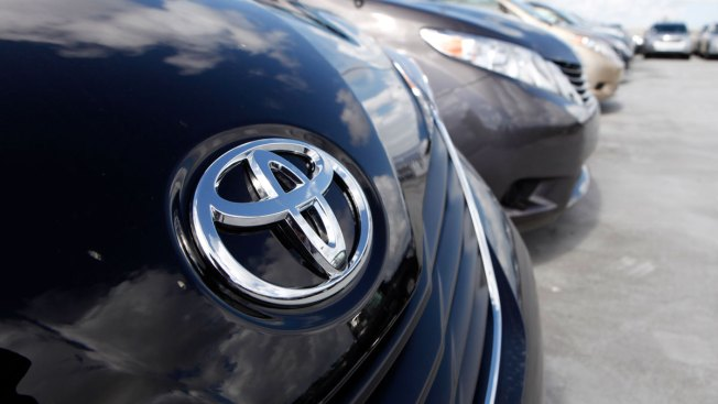Toyota Recalls 645,000 Vehicles, Says Air Bags May Not Inflate