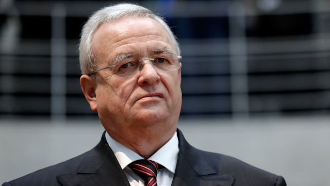 Volkswagen Board Eyes Damage Claims Against Former CEO