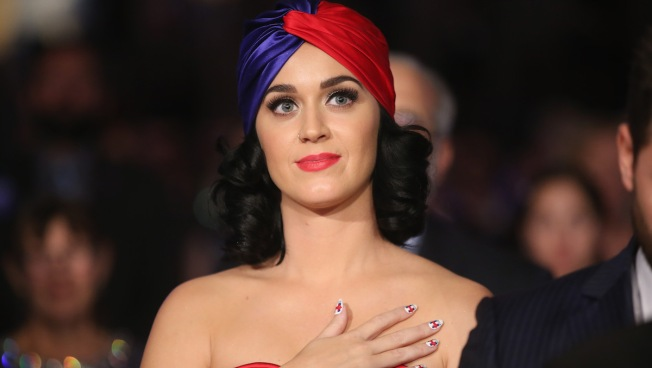 Katy Perry Sends Burn Victim Safyre Terry Handwritten Letter and Box of Presents