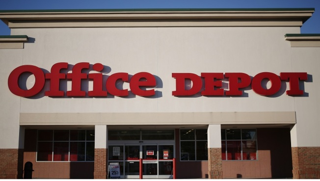 Judge Blocks Office Depot, Staples Merger