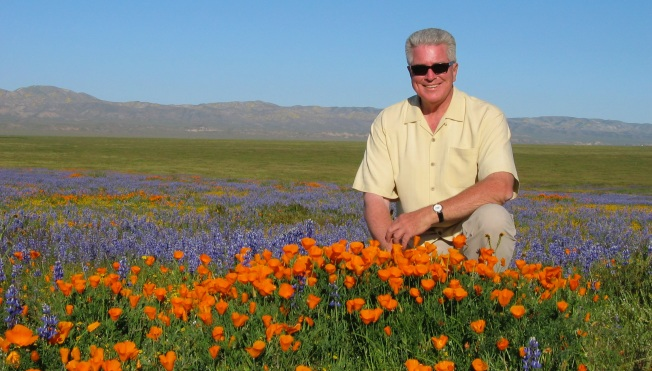 Fans Gather to Celebrate the Huell Howser Archive