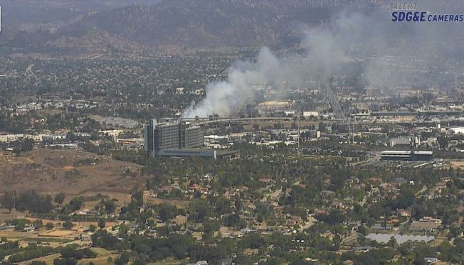 Brush Fire Along NB I-15 near Escondido Contained, SigAlert Still in Effect