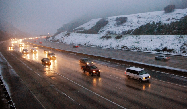Grapevine Reopens After Snow Closure