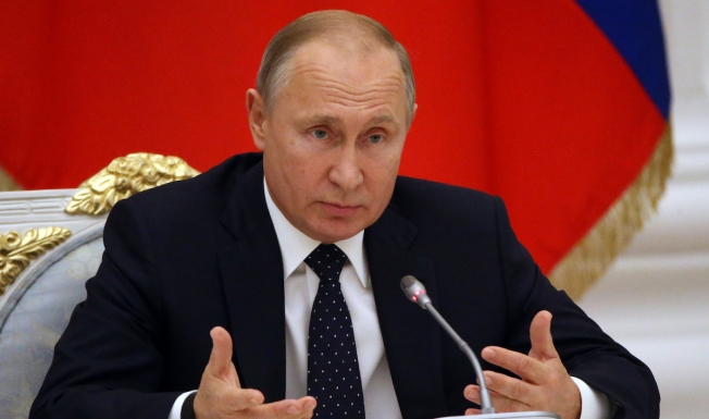 Mixed Year for Putin as Tensions With West Grow