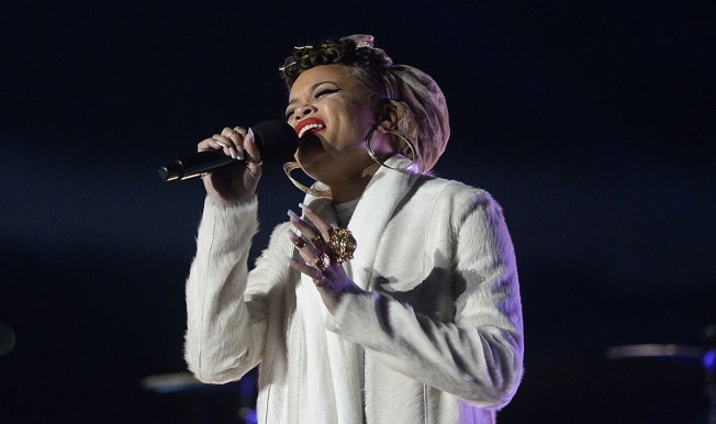 Andra Day Performs at 2016 Kennedy Center Honors