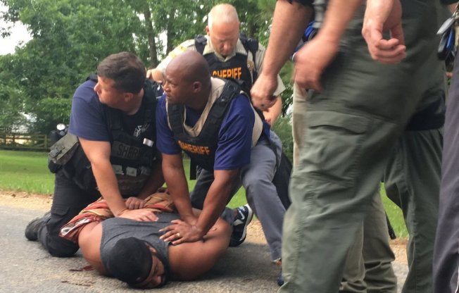8 People, Including Cop, Fatally Shot in Mississippi: Police