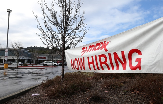 California Job Growth Outpaces U.S. as State Jobless Rate Falls