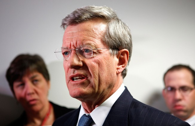 Baucus makes a grab for climate bill