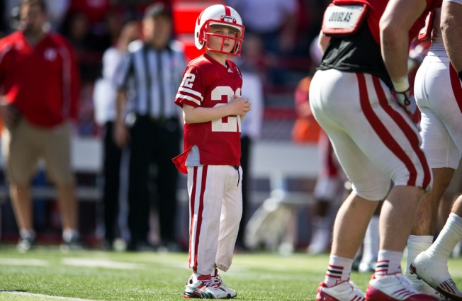 7-Year-Old Scores TD at Nebraska Spring Game