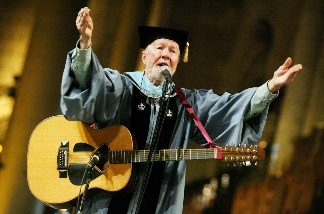 High School Board Apologizes to Pete Seeger 50 Years Later
