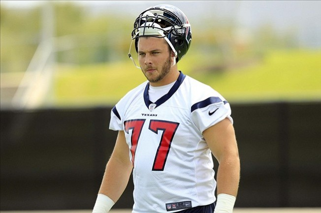 Texans OL David Quessenberry wins PFWA's Halas Award