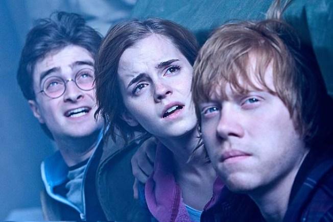 """""""Harry Potter"""" Breaks """"Dark Knight"""" Box Office Record"""