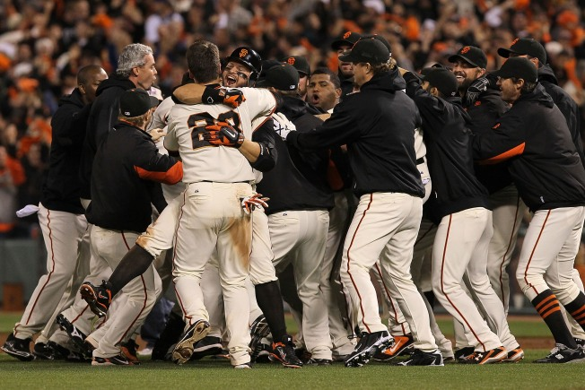 A Giant Walkoff Win!