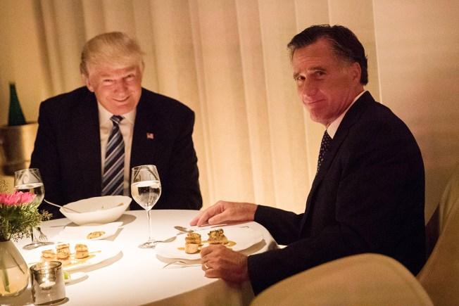 Ex-Rivals Romney & Trump sit down for dinner together, Romney praises Trump