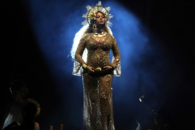 Beyonce Drops Out of 2017 Coachella