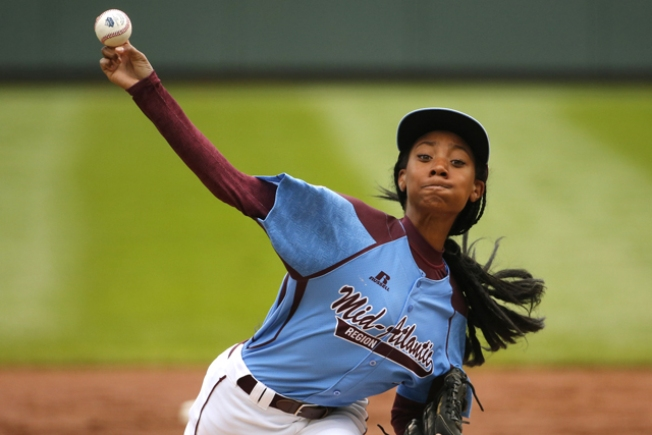 Mo'ne Davis Is First Little Leaguer on Cover of Sports Illustrated