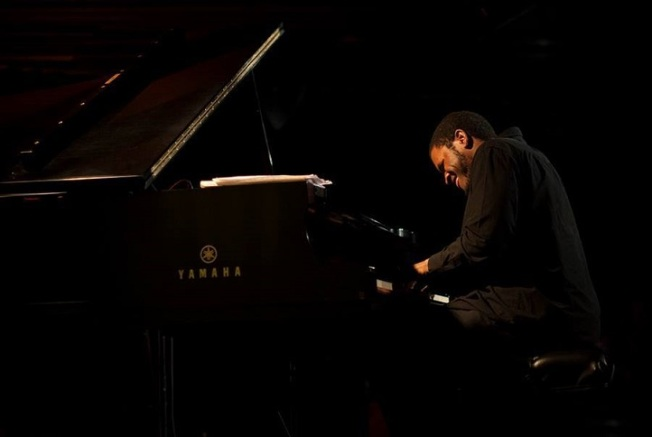Joshua White Debuts New Quintet